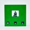 piezas-corporativas-hombres-al-vacio-30x30-1